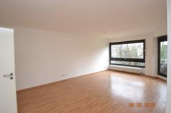 Schöne Etagenwohnung mit Balkon & Tiefgaragenstellplatz